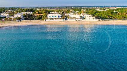 La spiaggia del Bed & breakfast Solmaris ripresa dal drone Perle di Puglia