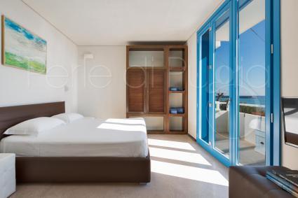La suite è formata da 2 camere matrimoniali