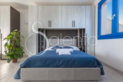 Double View - La camera è moderna e nuova, dotata di aria condizionata