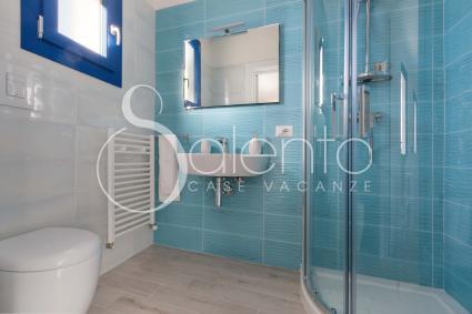 SEA SIGHT - Il bagno doccia della camera Sea Sight