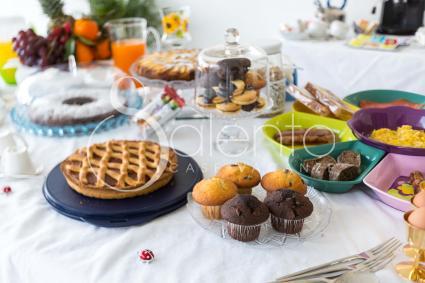 Colazione all`italiana, con dolci fatti in casa, oppure continentali in stile british