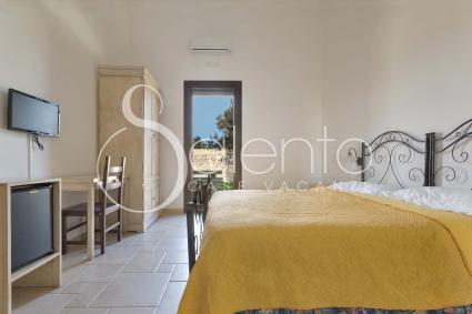 Tutte le camere sono dotate di bagno en suite, wi-fi, frigo e tv