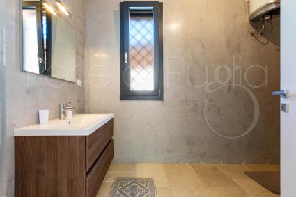 Caprette - Il bagno doccia in comune alle due camere