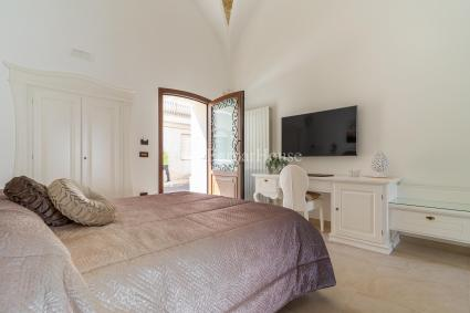 Bed and Breakfast - Alliste ( Gallipoli ) - Donna Fiora antica dimora luxury | Suite Luxury